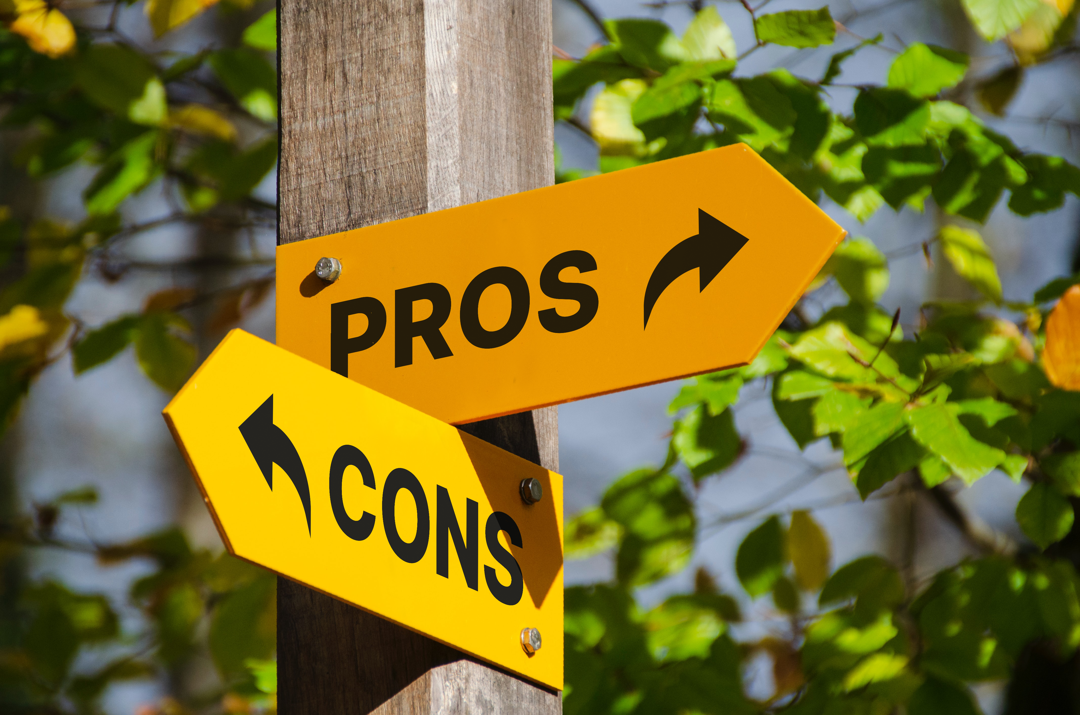 pros or cons sign